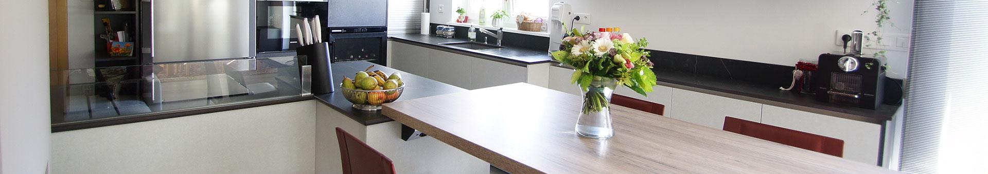 menuiserie int rieure et ext rieure sur mesure colmar cuisines et cr ations. Black Bedroom Furniture Sets. Home Design Ideas