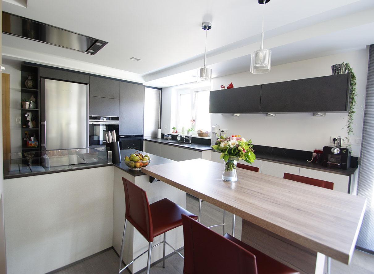 cuisiniste colmar armony cuisine colmar with cuisiniste colmar awesome cuisine laque mat. Black Bedroom Furniture Sets. Home Design Ideas